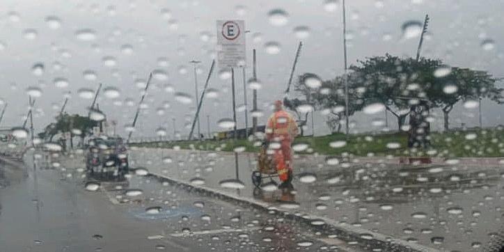 Capital também deve ser atingida por vendavais e chuva