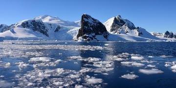 Segundo estudo, aquecimento atinge mais Polo Sul do que outras regiões do mundo