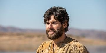 Ator Dudu Azevedo protagoniza a novela 'Jesus'.