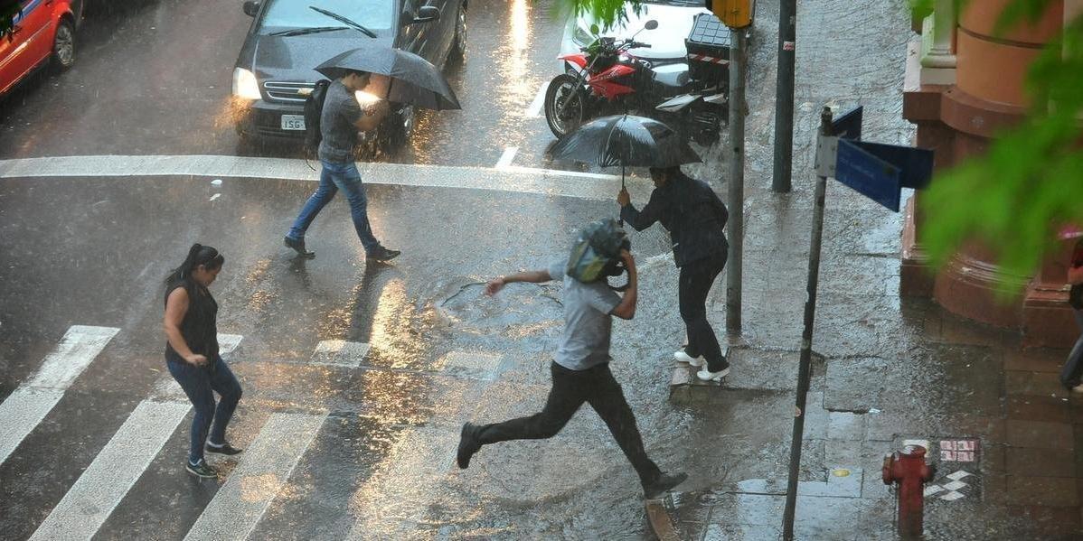 Volumes de chuva devem ser altos na região metropolitana