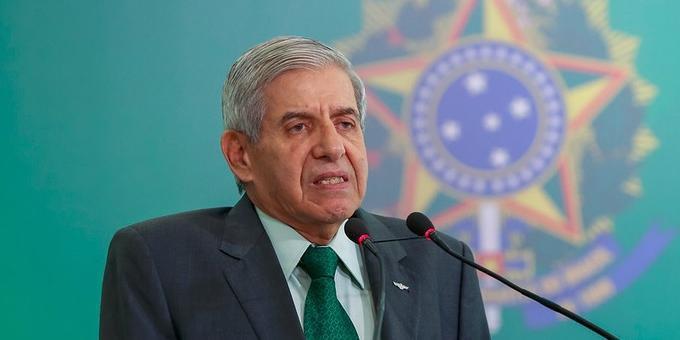 Ministro insinuou consequências ao STF por instabilidade entre os poderes