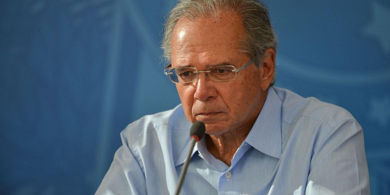 Paulo Guedes deve entregar primeira parte da reforma tributária na terça-feira