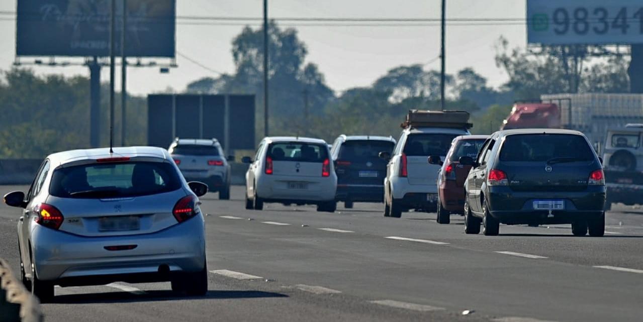 Movimento na freeway aumento significativamente em comparação com último final de semana