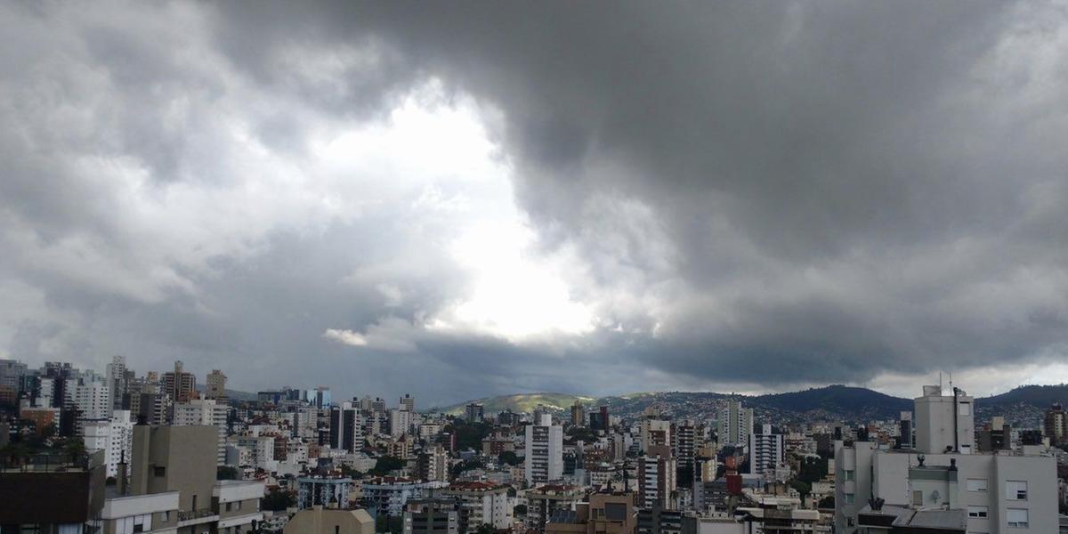 Frio diminui e chuva deve aparecer em pontos isolados do Estado