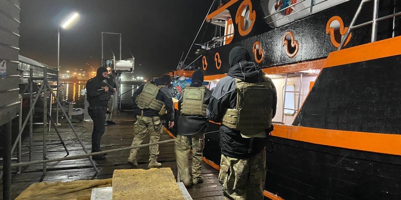 As cerca de 4 toneladas de pescado apreendidas serão doadas