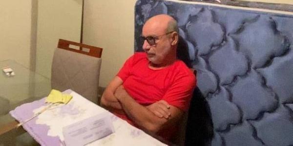 Queiroz teve prisão domiciliar revogada nesta quinta-feira