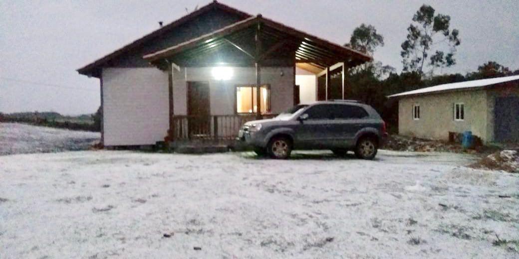 Neve modificou paisagem em São Francisco de Paula, na Serra, onde o fenômeno ocorreu com maior intensidade