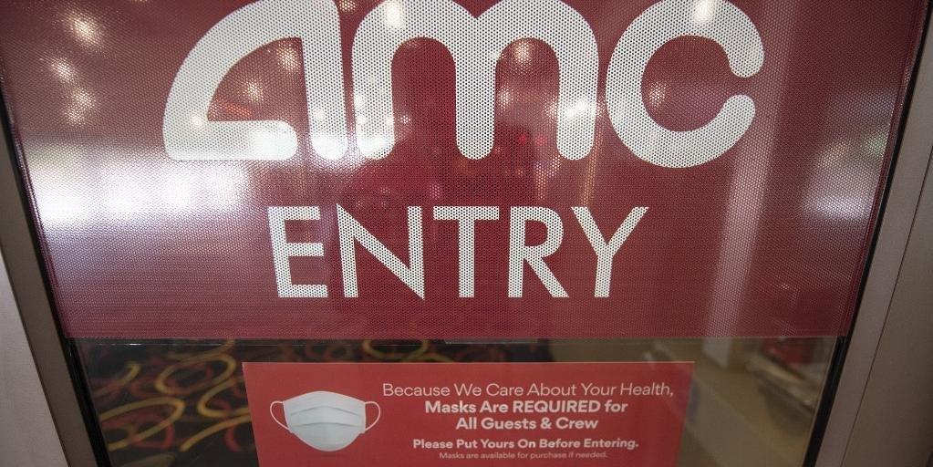 Primeiro fim de semana de retorno ao cinema com a reabertura das grandes redes AMC e Regal, nos EUA