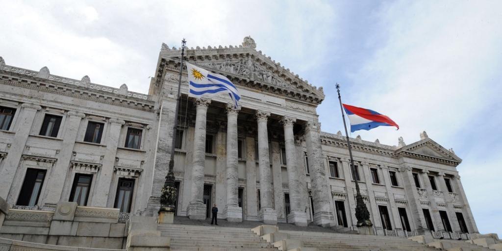 Uruguai, com 3,4 milhões de habitantes, registrava até esta terça-feira 1.533 casos da doença, e 42 mortes
