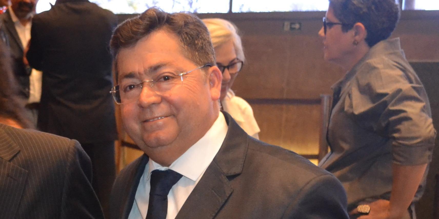 Laurício Monteiro Cruz assume pasta responsável pela vacinação contra a Covid-19