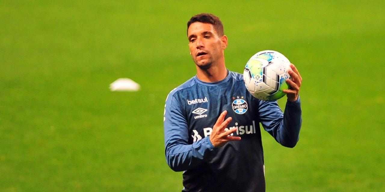 Thiago Neves disputou 14 partidas no Grêmio, mas entrou como titular em apenas quatro
