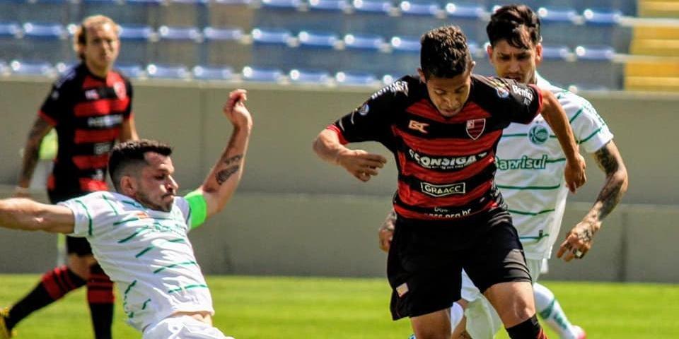 Breno, Gustavo Bochecha e Samuel Santos marcaram na vitória sobre o Oeste por 3 a 1, na Arena Barueri