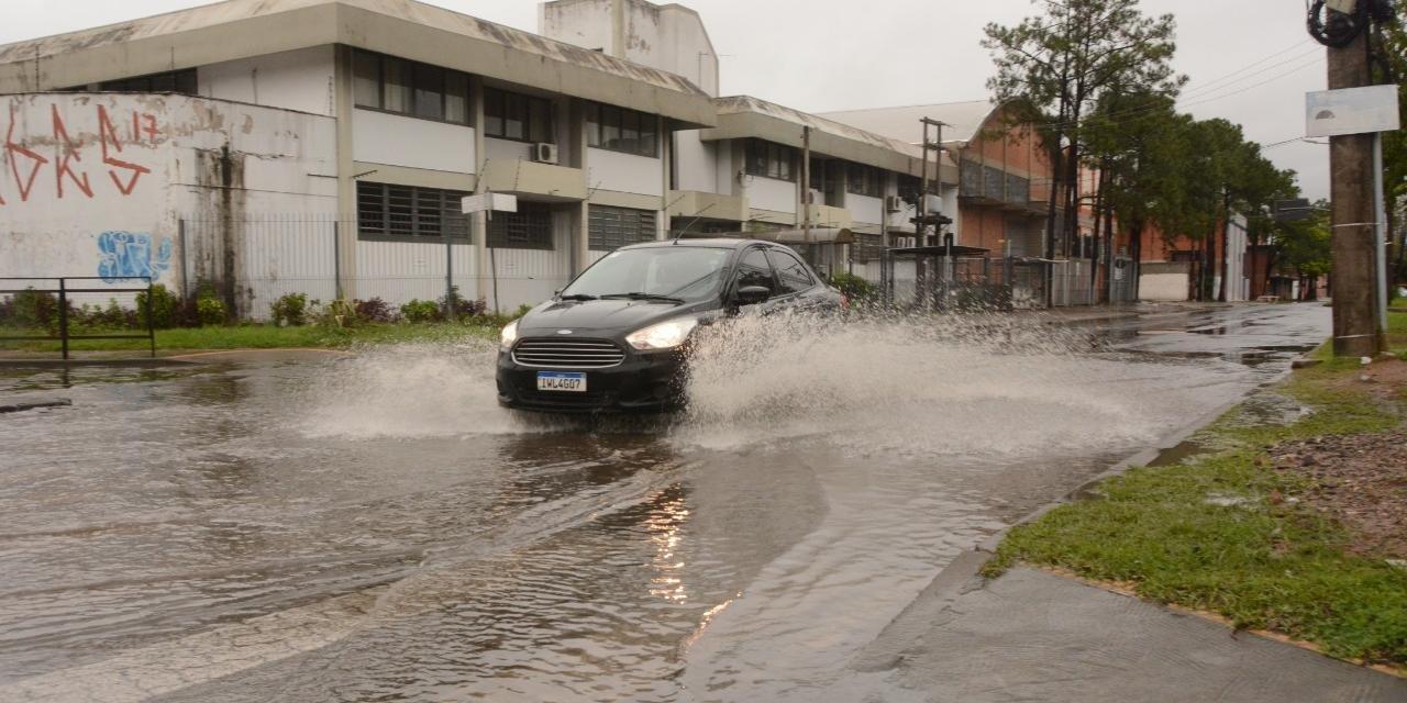 Grande Porto Alegre foi uma da mais castigadas por temporais do fim de semana