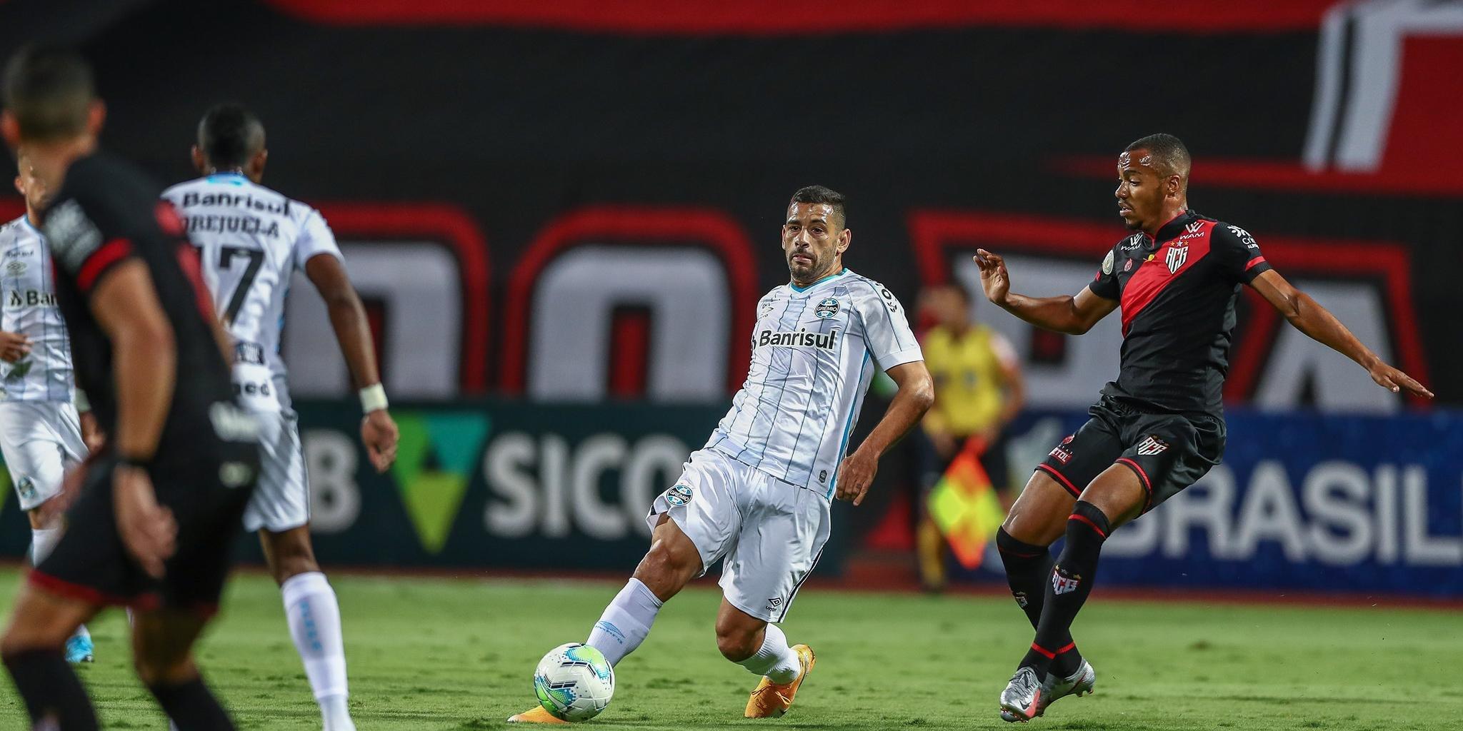 Grêmio empatou em 1 a 1 com o Atlético-GO na noite deste domingo