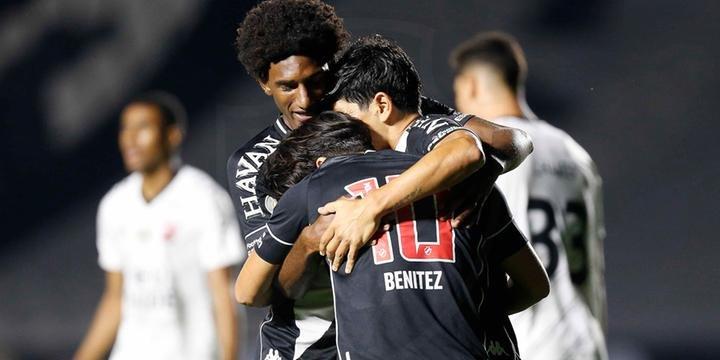 Vasco Vence E Fica Entre Os Primeiros Do Brasileirao