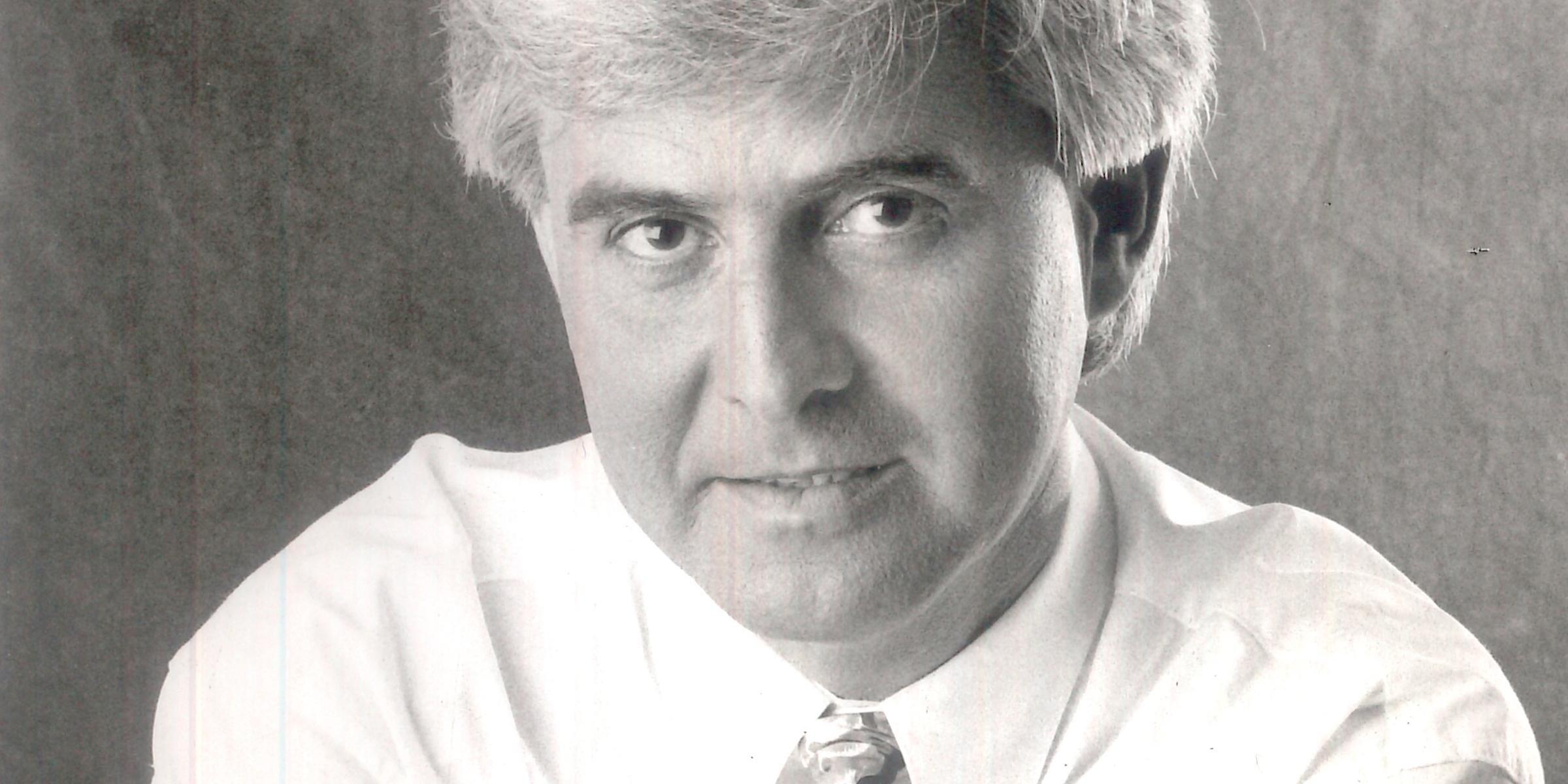 Jornalista trabalhou na TV Guaíba e foi o criador da Festa Nacional do Disco e Festa Nacional da Música
