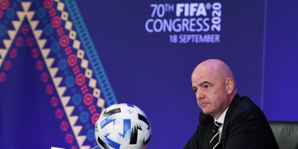 Presidente Gianni Infantino afirmou querer ouvir confederações e participantes