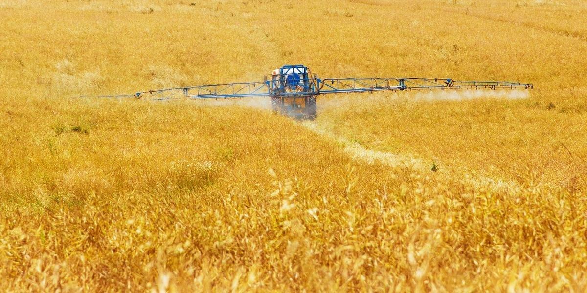 Herbicida que até então era aplicado normalmente tem indicativo de causar o Mal de Parkinson