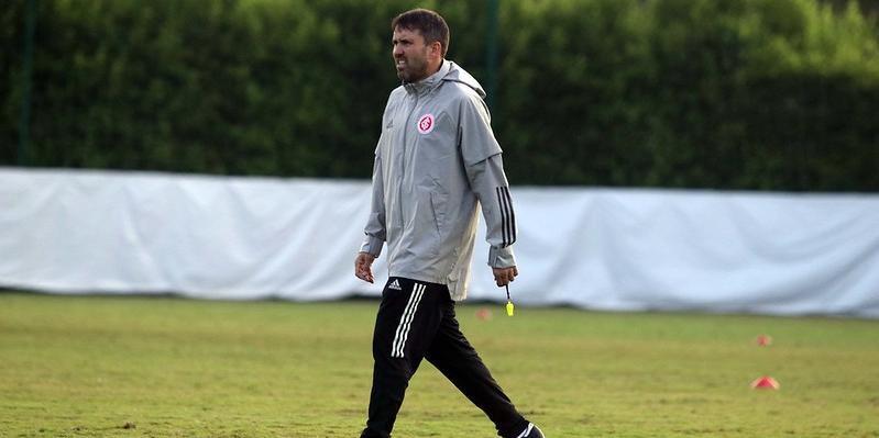 Abatimento de Coudet preocupa a direção do Inter