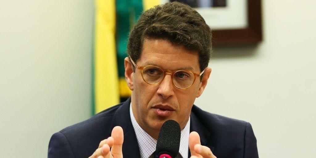 Salles é acusado pelo MPF