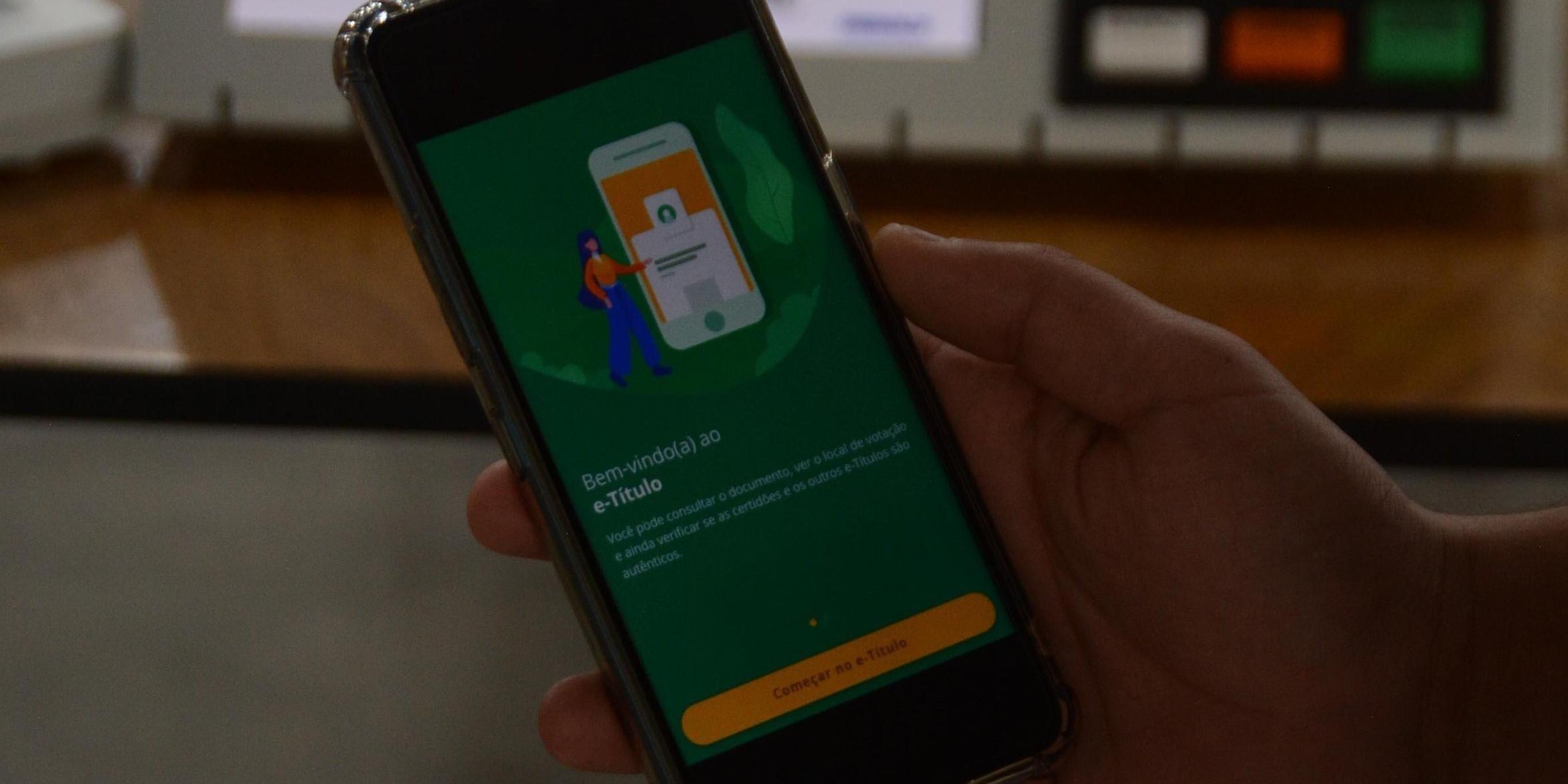 O aplicativo é gratuito e está disponível para Android e iOS