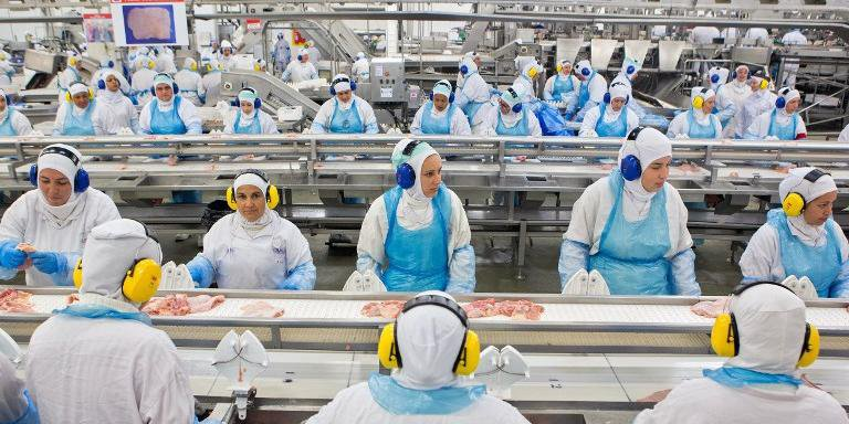 No primeiro semestre deste ano, o Brasil exportou 43,8 mil toneladas de carne de frango às Filipinas