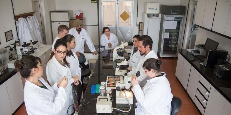 As aulas serão remotas e presenciais, estas no Instituto de Pesquisas Veterinárias Desidério Finamor, em Eldorado do Sul