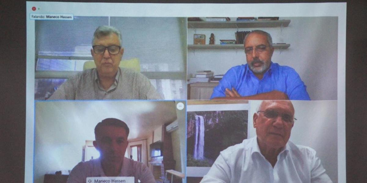 Reunião contou com as presenças dos três senadores gaúchos
