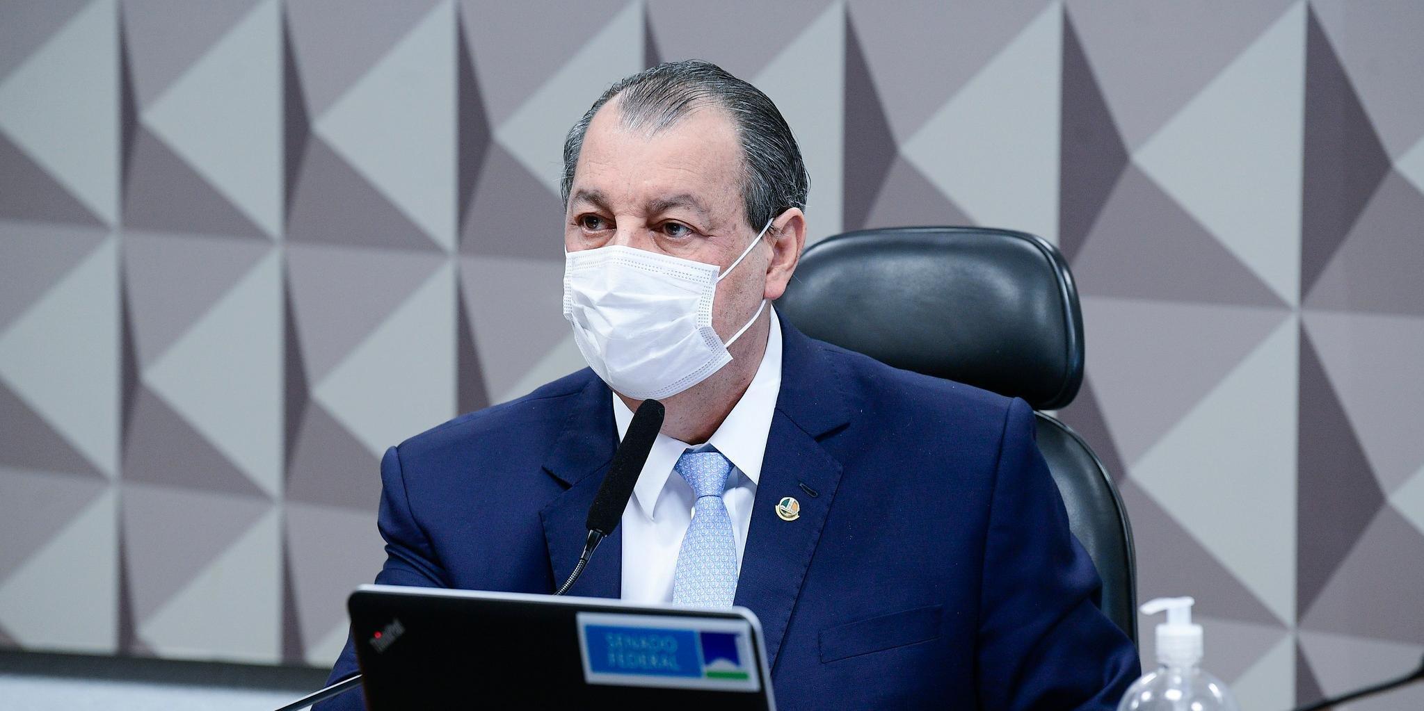 Presidente da CPI disse que não há tempo para ouvir Queiroga novamente e que Jair Renan é apenas um
