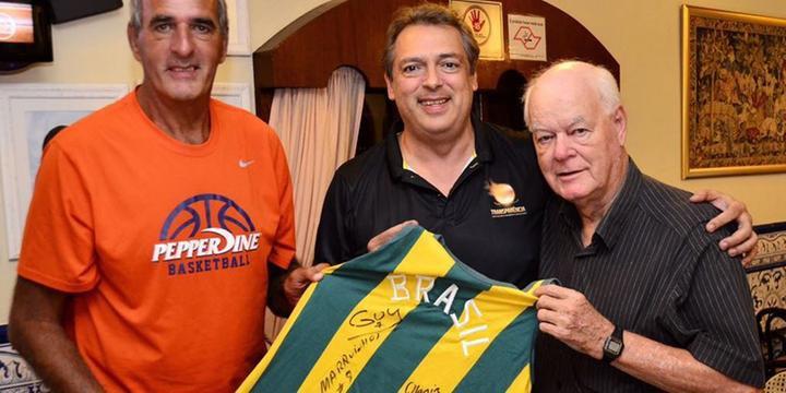 50497a7b5678c CBB promoverá volta da camisa listrada à seleção brasileira de basquete