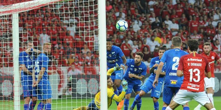 Inter para em goleiro e empata com time reserva do Cruzeiro no Beira-Rio 3b298f6323060