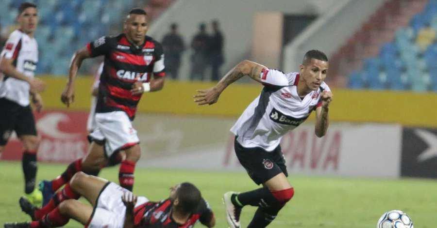 Brasil de Pelotas perde para o Atlético-GO e segue no Z4 48c58cbc87ded