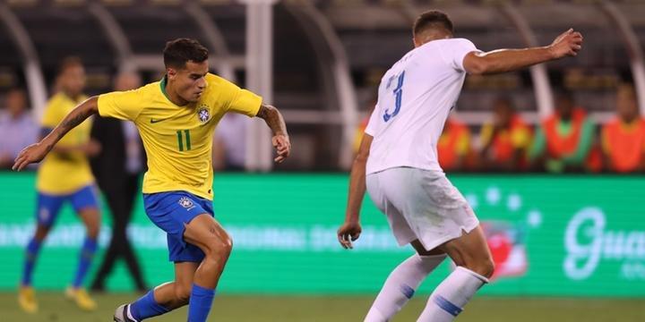 7839dbc5a0 Fifa confirma 6 brasileiros como concorrentes à vaga na seleção do mundo