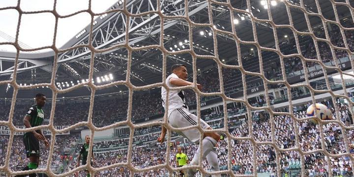 245c18b3d5 Cristiano Ronaldo marca primeiros gols com a camisa da Juventus